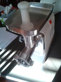 This beats the little hand mincer we've been using...