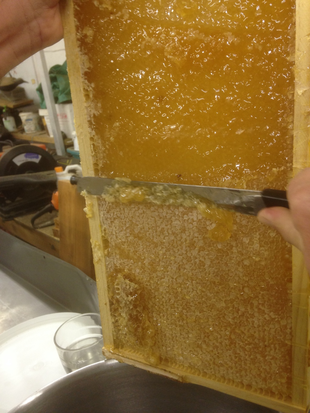 Uncapping the comb. How beautiful does that look?!